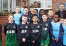 I Mogwai sponsorizzano la squadra di calcio di una scuola elementare di Glasgow