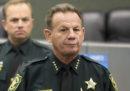 Una guardia armata della scuola della strage in Florida non è intervenuta per fermare l'assalitore
