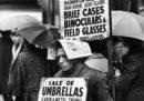 Bagnarsi per vendere ombrelli