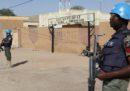 In Mali un gruppo di uomini armati travestiti da caschi blu ha attaccato due gruppi di militari francesi e delle Nazioni Unite