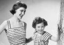 Da dove viene la moda di madri e figlie vestite uguali