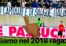 Lo striscione razzista contro Balotelli nell'ultima partita dell'Italia
