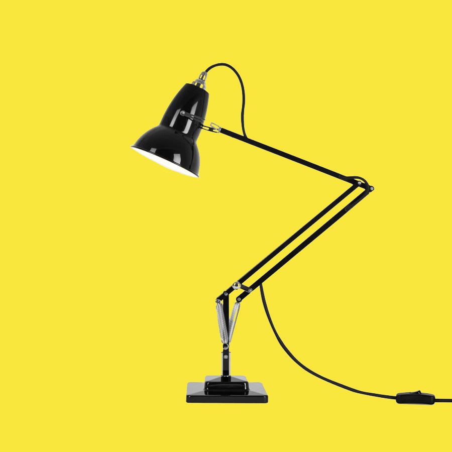 La Lampada Che Ha Inventato Le Lampade Da Tavolo Il Post