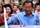 In Cambogia il partito del primo ministro Hun Sen dice di avere vinto tutti i seggi in palio alle elezioni di domenica