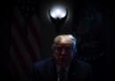 La foto di Trump al buio nello Studio Ovale