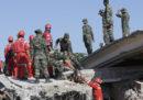 Le persone morte per il terremoto a Lombok, in Indonesia, sono almeno 131