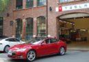 Tesla ha guadagnato 311 milioni di dollari nel suo ultimo trimestre, non succedeva da due anni