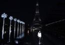 Le foto della sfilata di Saint Laurent, sull'acqua