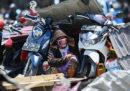 Il numero delle persone morte per il terremoto e lo tsunami in Indonesia è salito a 1.374