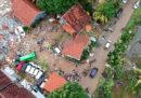 222 morti in Indonesia per uno tsunami