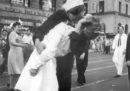 È morto il marinaio che dà un bacio a un'infermiera nella celebre foto di Times Square