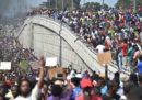 Giovedì ad Haiti migliaia di persone hanno manifestato contro il presidente Jovenel Moise
