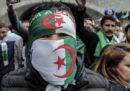 Le dimissioni di Bouteflika non bastano più