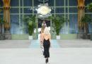 La prima sfilata di Chanel non disegnata da Lagerfeld
