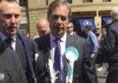 Alla fine hanno tirato un frappé anche a Nigel Farage