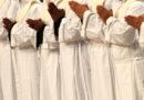 La Chiesa dovrebbe abolire i sacerdoti