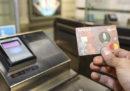 Da oggi a Roma si può pagare il biglietto della metro usando una carta di credito contactless