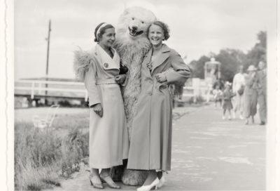 Abbracciare orsi polari