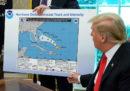 Trump ha mostrato una mappa falsa che dava ragione a un suo tweet falso sull'uragano Dorian