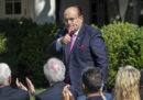 Bloomberg dice che Rudolph Giuliani è indagato per violazione della legge sui finanziamenti elettorali e altri reati
