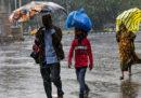 Più di due milioni di persone sono state evacuate in India e Bangladesh a causa del cicloneBulbul