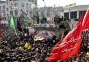 Il corteo funebre per Qassem Suleimani ad Ahvaz, in Iran