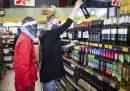Il Sudafrica ha vietato alcol e sigarette durante il lockdown