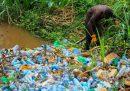Gli Stati Uniti vogliono mandare più plastica in Kenya