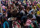 Quasi 300 profughi rohingya sono sbarcati in Indonesia dopo sei mesi in mare