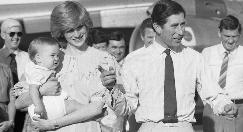 Foto Natale Famiglia Reale Inglese 1990.Le Foto Vere Delle Storie Di The Crown Il Post