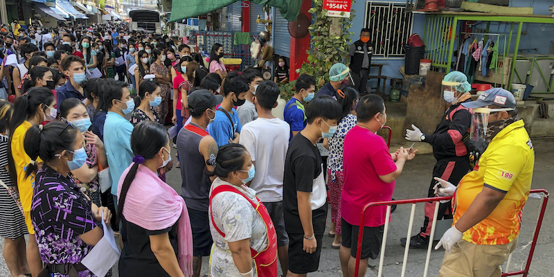 In Thailandia è stato rilevato il più grande focolaio di coronavirus  dall'inizio della pandemia - Il Post