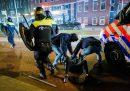 Nei Paesi Bassi si continua a protestare contro il coprifuoco
