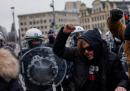 Domenica a Bruxelles sono state arrestate centinaia di persone che protestavano contro le restrizioni per il coronavirus