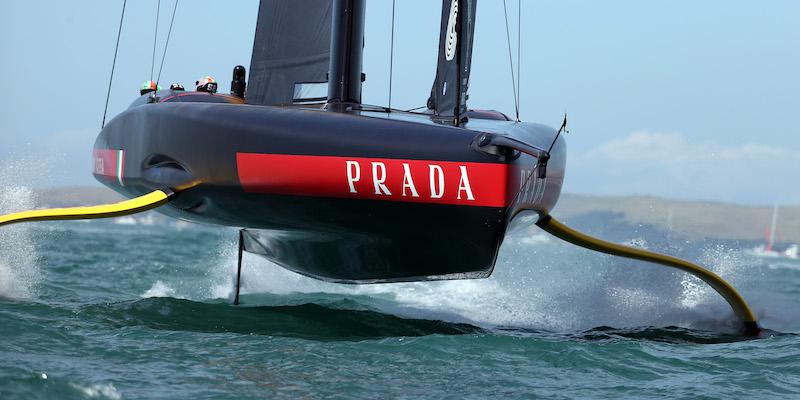Come siamo arrivati a far volare le barche a vela - Il Post