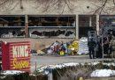 Almeno 10 persone sono state uccise da un uomo armato in un supermercato in Colorado, Stati Uniti