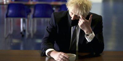 """Boris Johnson ha detto che valuterà con cautela il piano delle riaperture nel Regno Unito, a causa della diffusione della variante """"delta"""""""