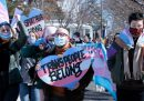 L'Arkansas vieterà i trattamenti ormonali e l'intervento chirurgico di conferma di genere alle persone transgender sotto i 18 anni