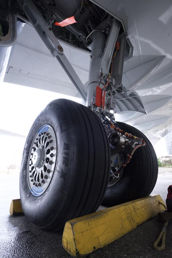 carrello Boeing 737