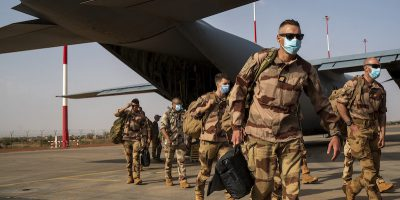 La Francia terminerà la sua missione militare nella regione africana del Sahel